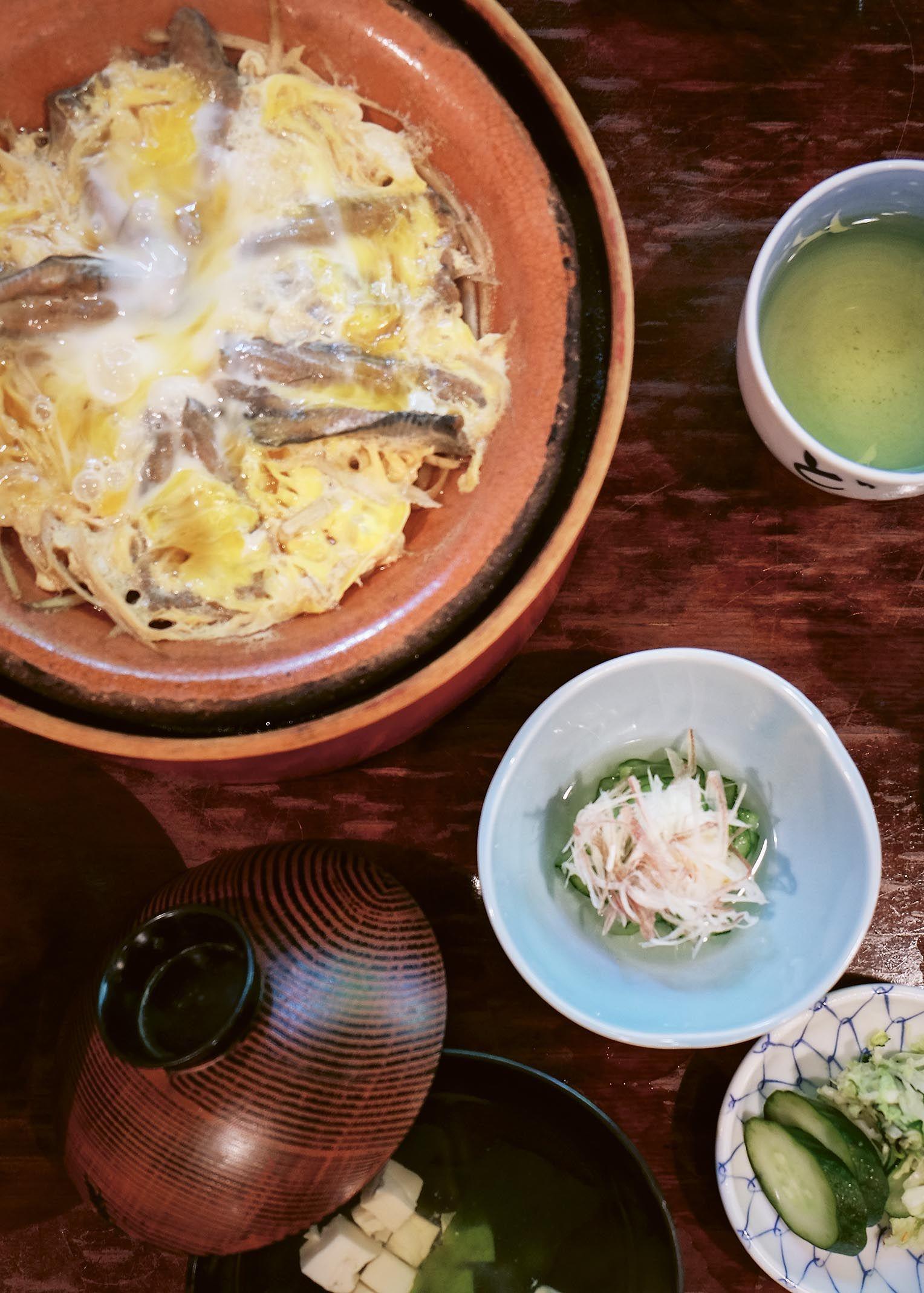 Tokyo Stories_Yanagawa nabe_pg98_photocredit_Nassima Rothacker