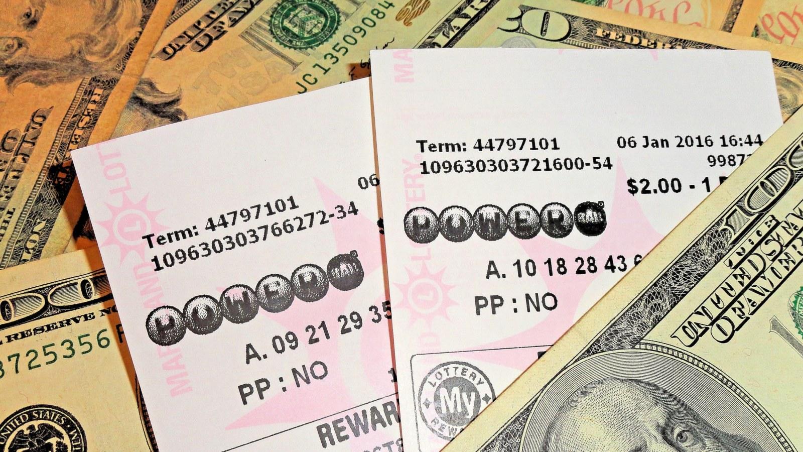 Powerball 350 Million Jackpot Winner Saturday Here Are The Numbers