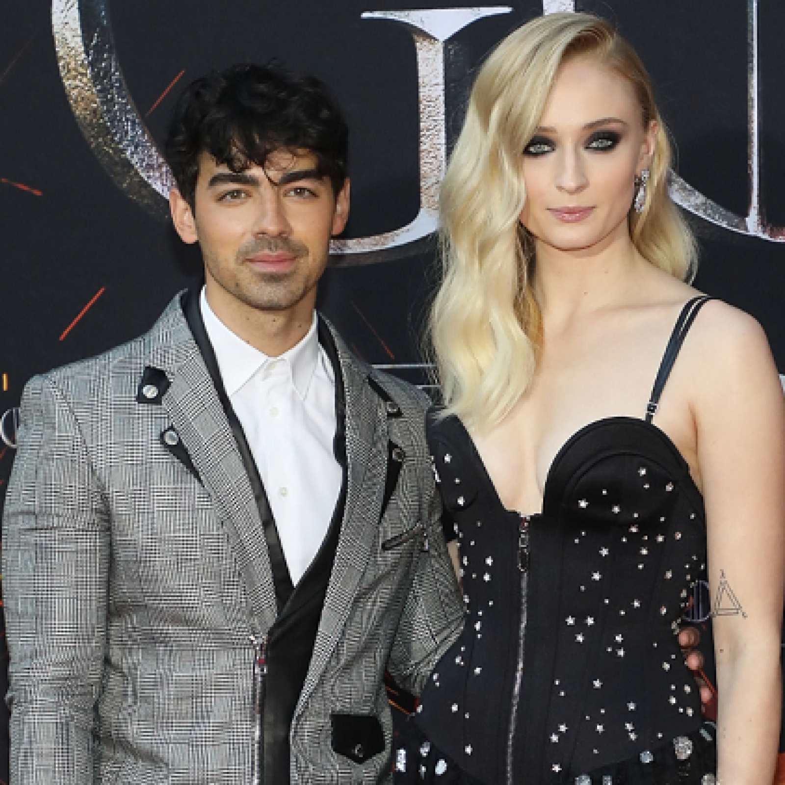 Sophie Turner Wedding.Sophie Turner And Joe Jonas Elope With Surprise Wedding Following