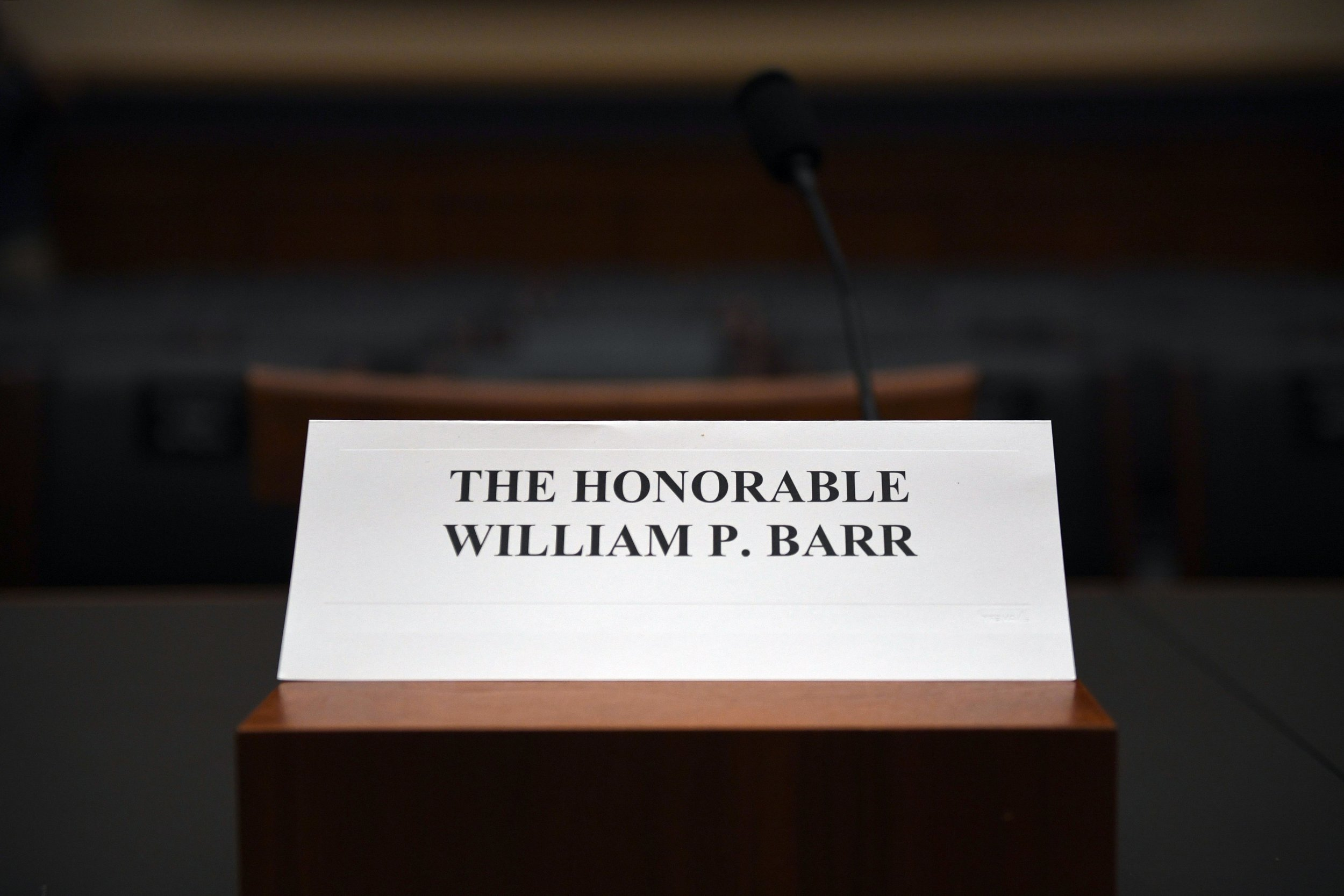 William Barr, refuses testimony, Democrats threaten contempt