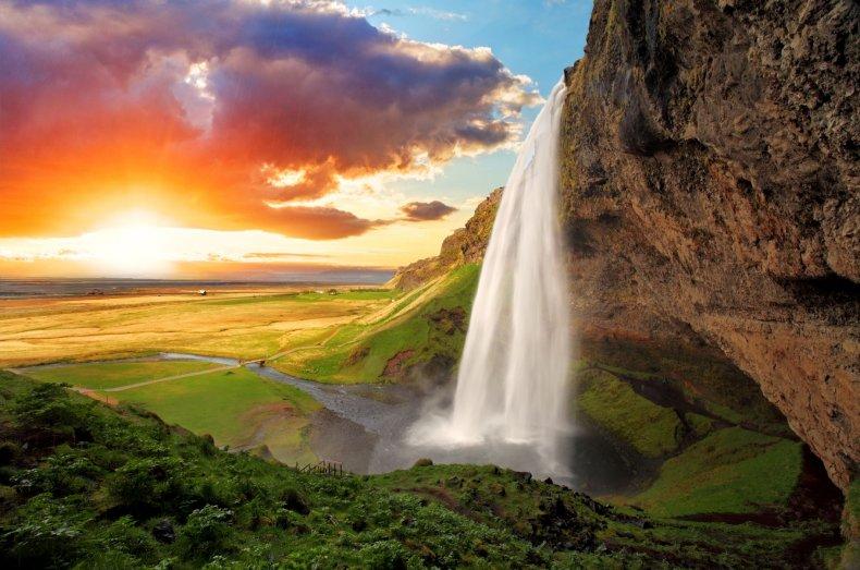 7 - 72 Hours in Iceland - Seljalandsfoss Waterfalls