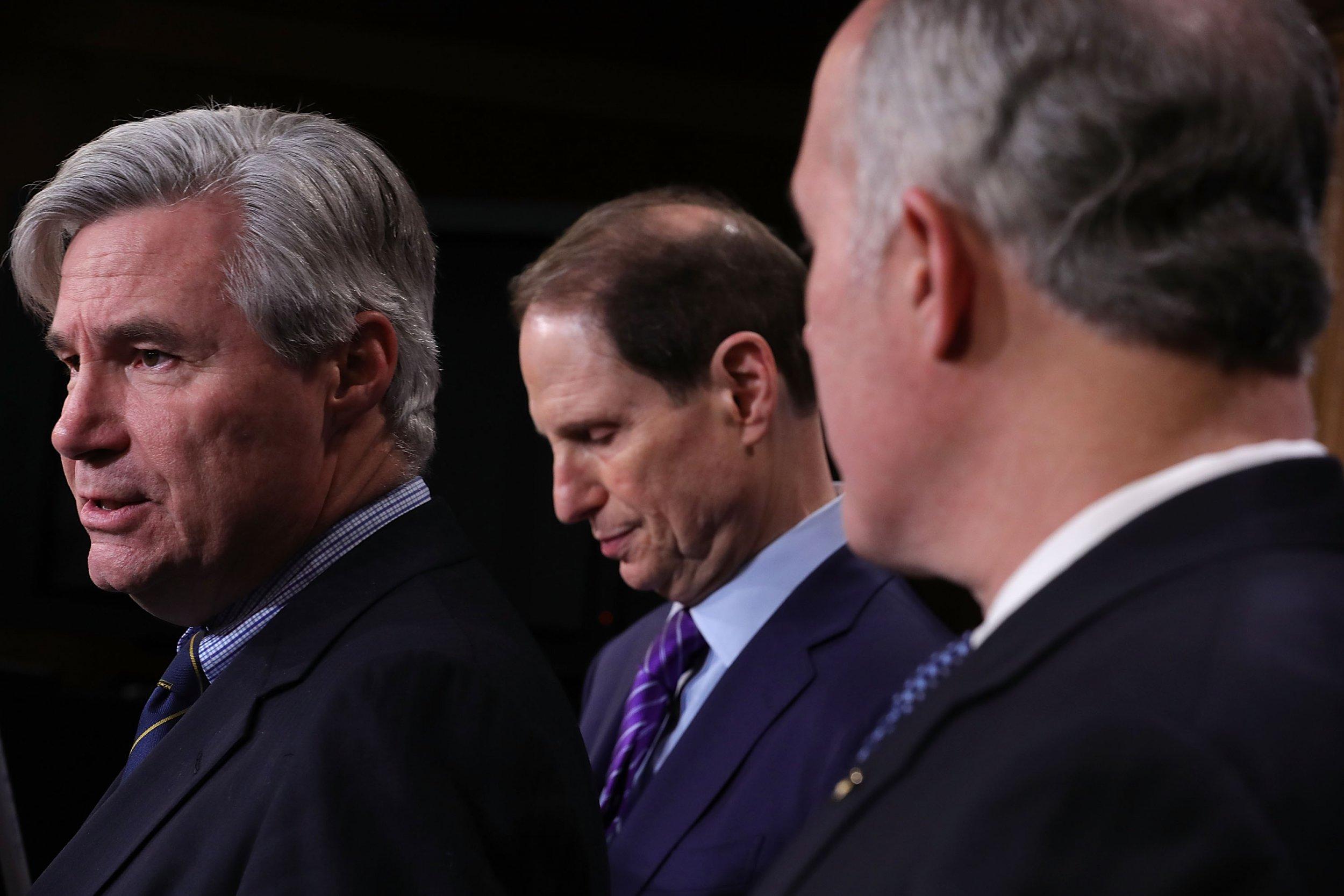 Senate Democrats probe NRA, alleged financial wrongdoing