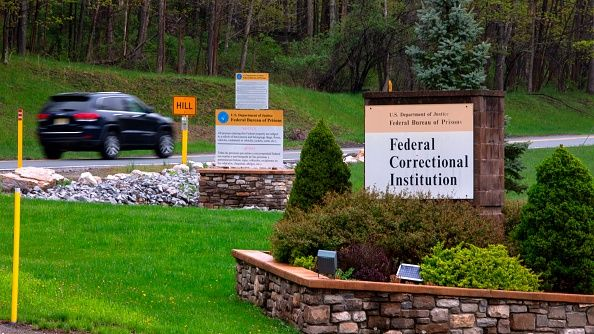 where, michael, cohen, serve, prison, otisville