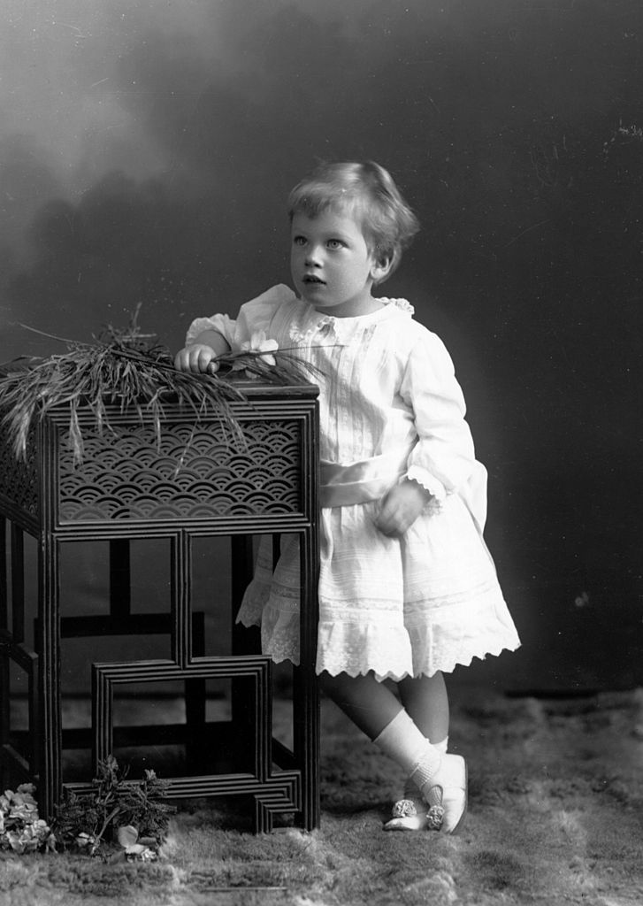 29 Royal Babies - Prince George 1905