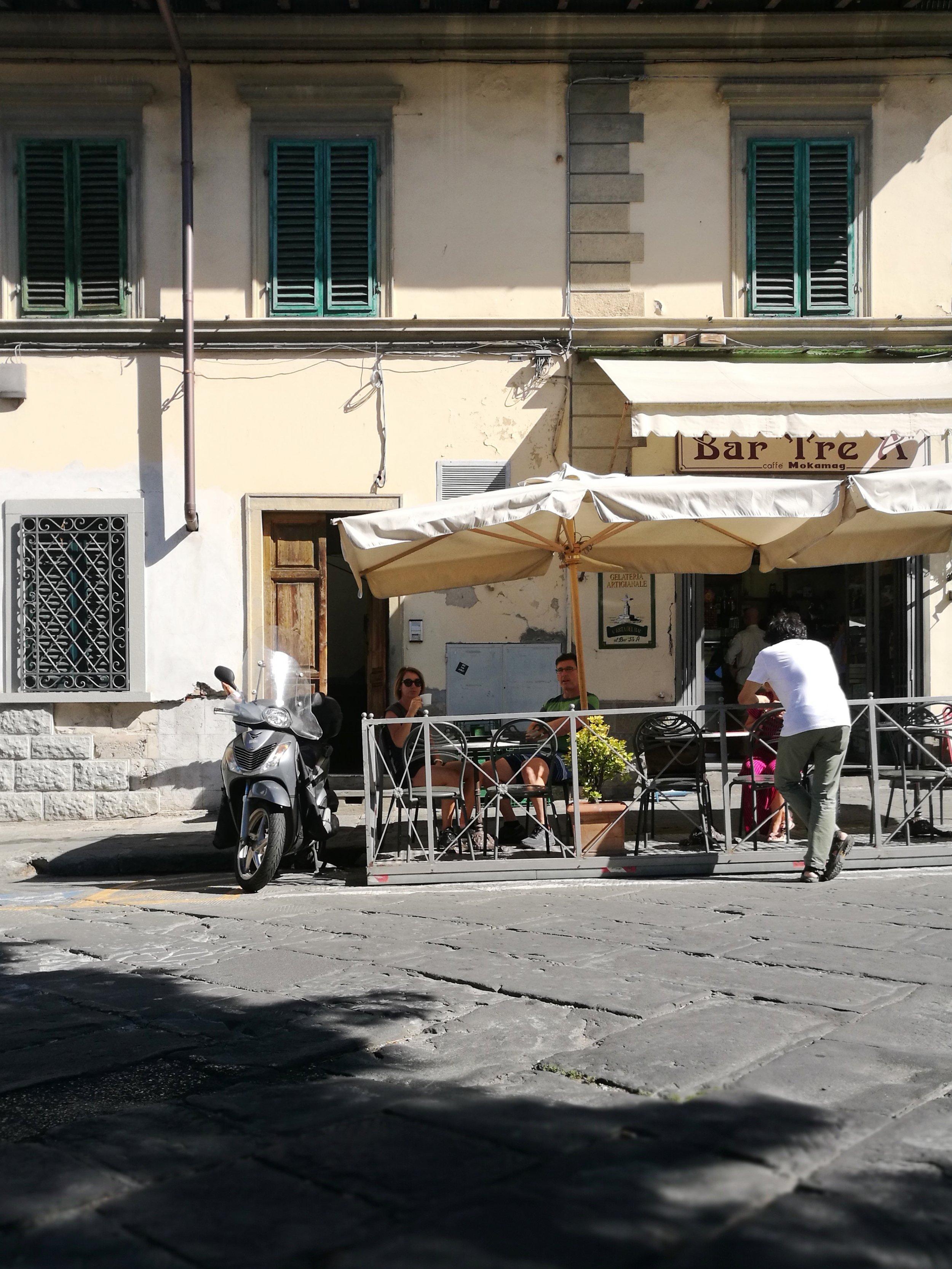 Settignano Bar Tre A photo credit Emiko Davies