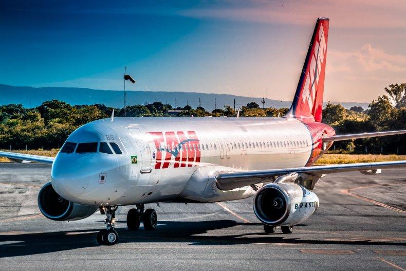6 LATAM Airlines