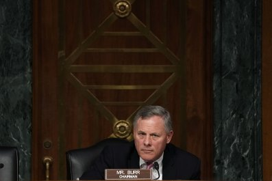 Richard Burr shown little support from Intelligence Committee colleagues