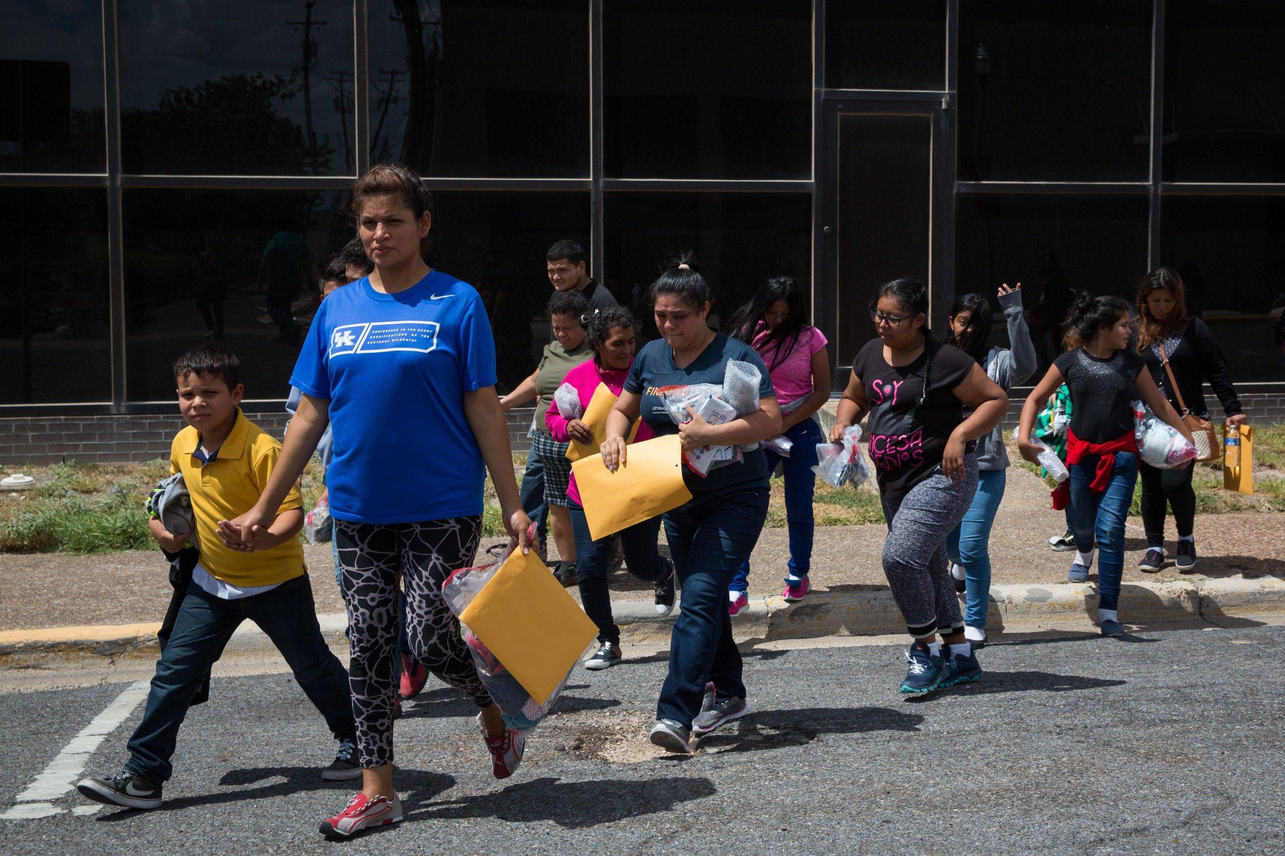 mcallen, immigrants, wall, border, cbp