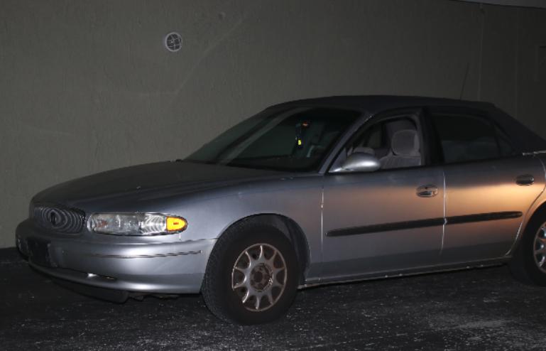 Elderly Florida man Carjacked at Gunpoint
