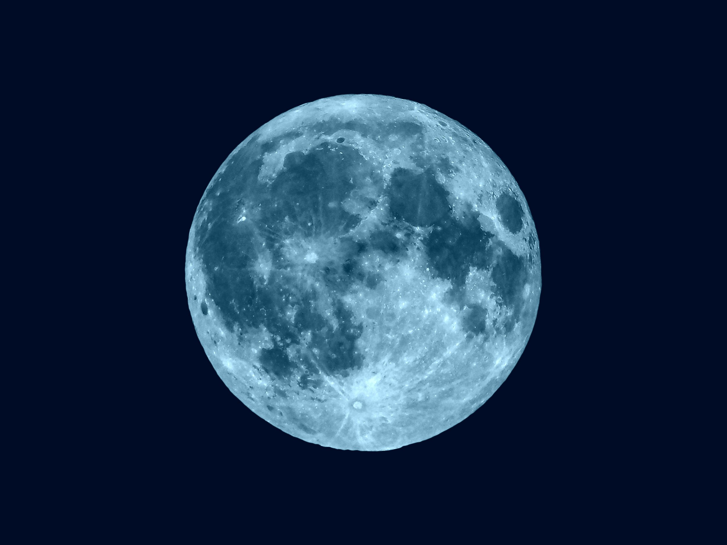 Rare Blue Moon 2019 Mays Full Flower Moon Set To Appear -4810