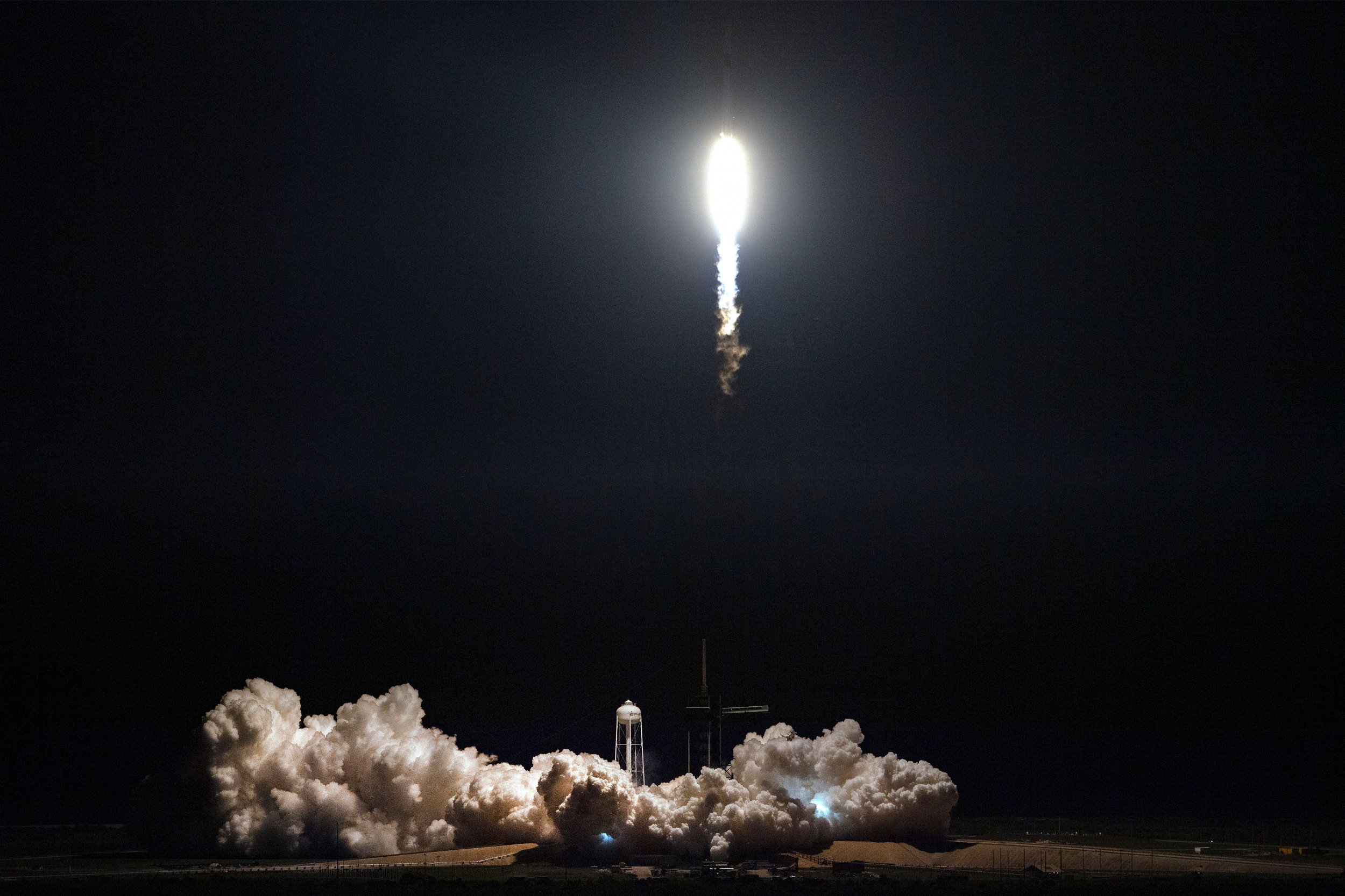 Falcon 9, SpaceX, Kennedy Space Center