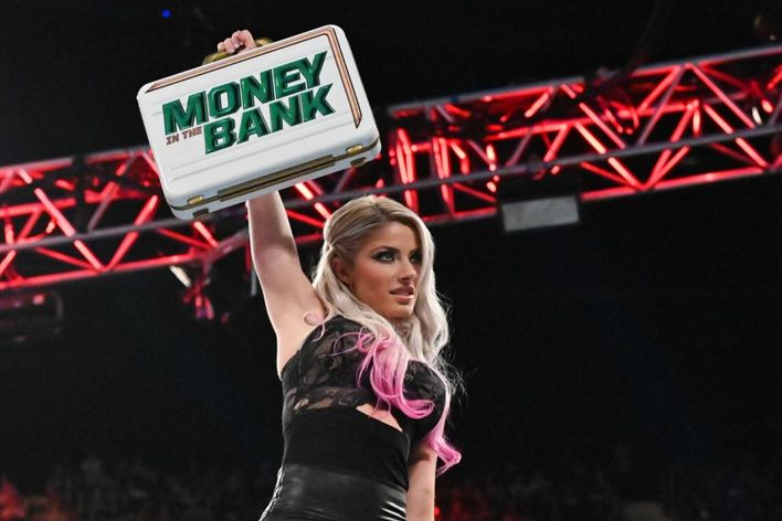 alexa bliss wwe mitb replaced injury update concussion