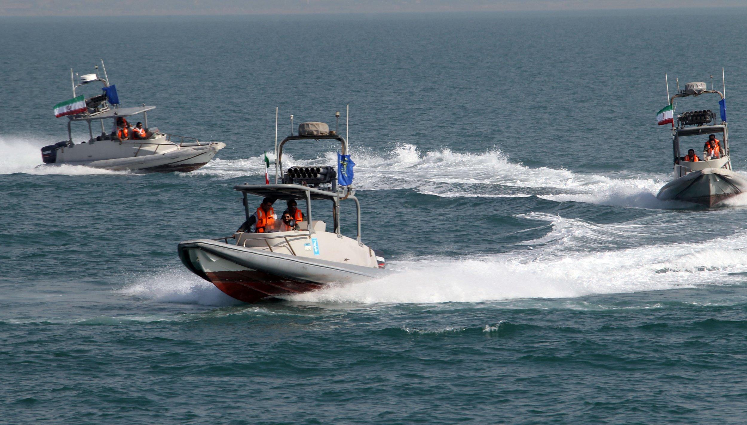 Iran boats navy attack US war