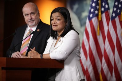 anti-abortion democrats should have primary challengers, jayapal says