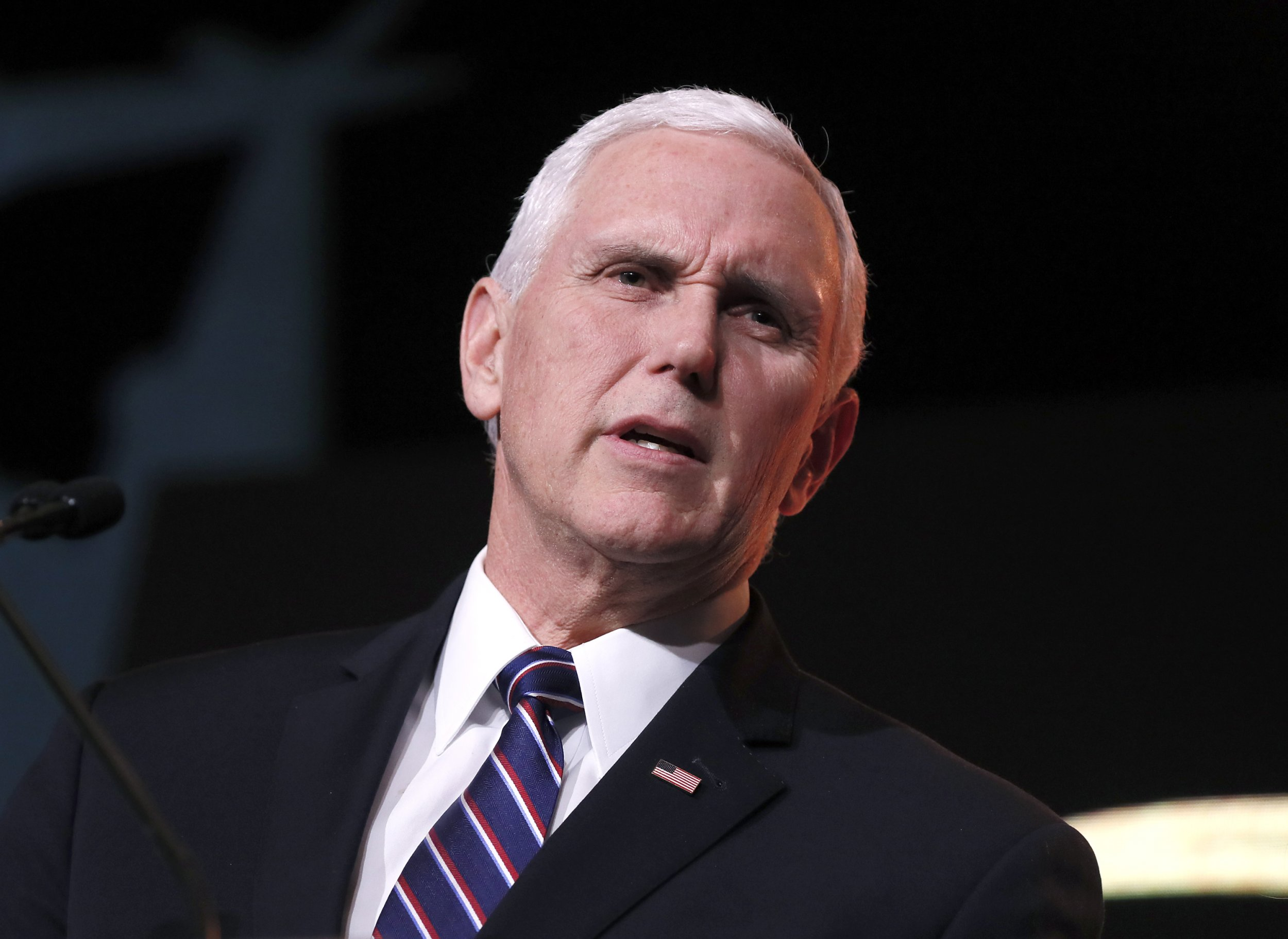 Students and Faculty Walk Out of Vice President Mike Pence's Commencement Address at Taylor University