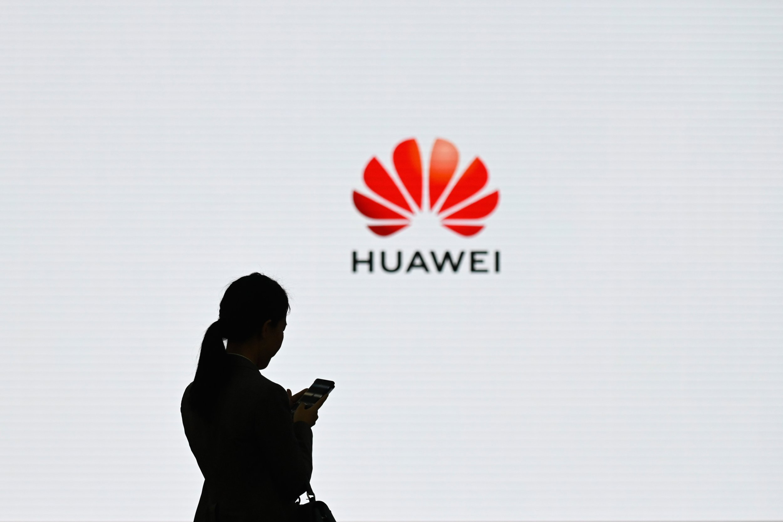 release date: da1b4 7c429 Google Huawei Ban  Will Users Lose Access to Gmail, YouTube, Chrome Apps
