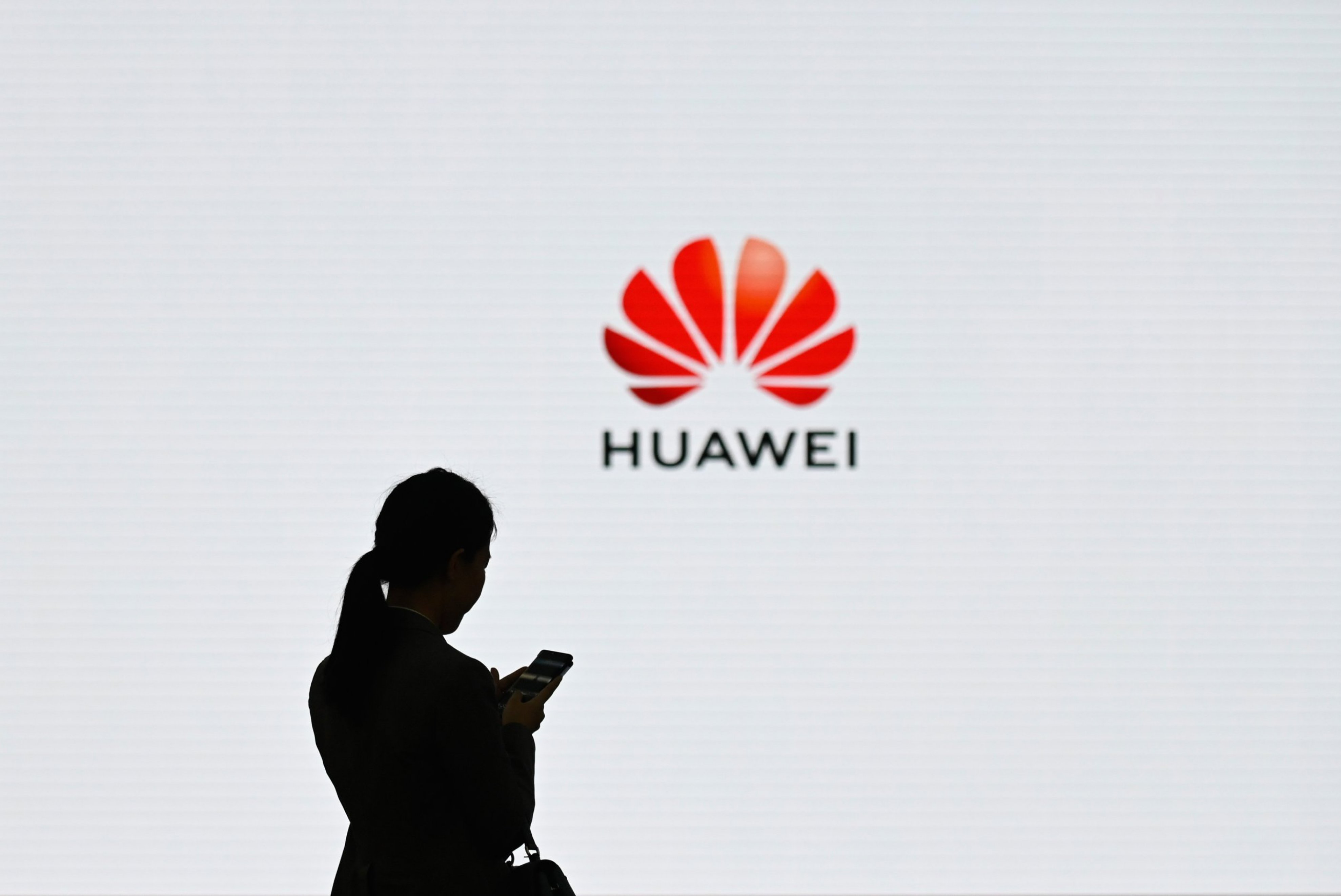 Google Huawei Ban: Will Users of Chinese Phones Lose Access to Gmail