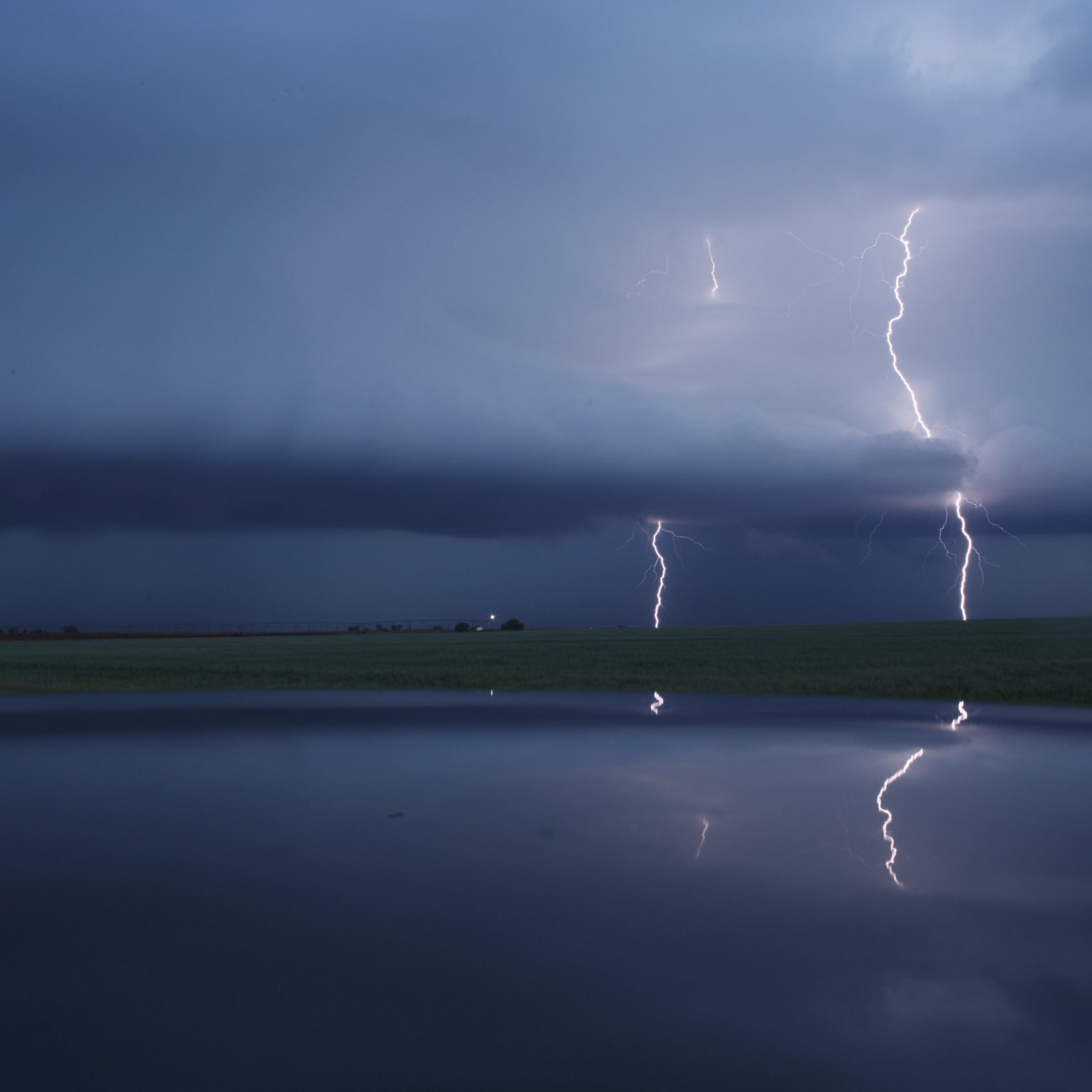 Oklahoma and Texas Weather Warning: 'Violent' Tornadoes