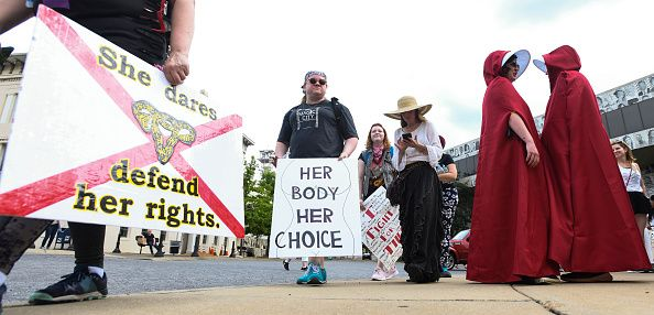 alabama abortion bill protesters