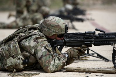 US soldiers deploy Iran 10,000 Donald Trump Middle East