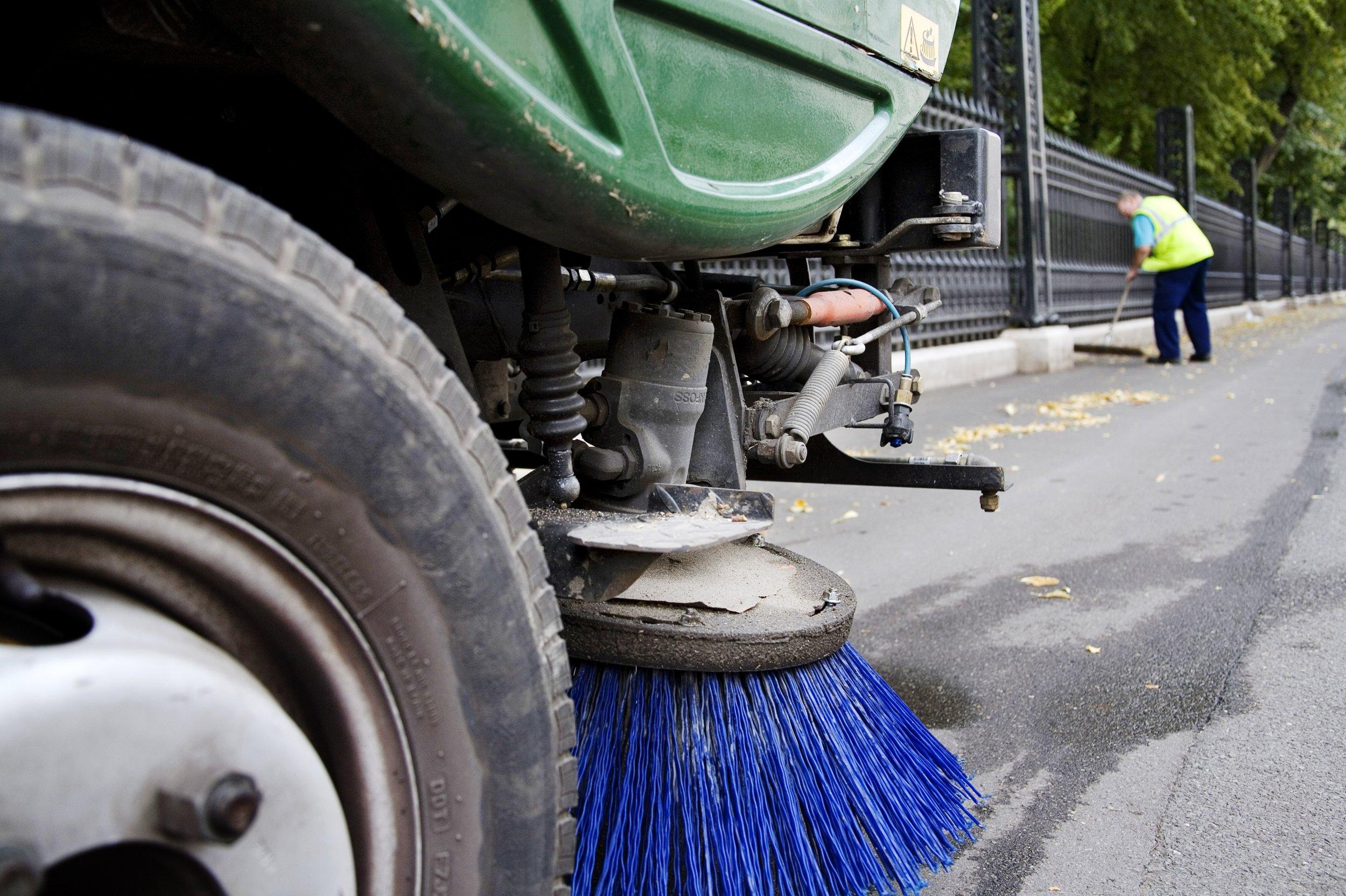 florida street sweeper.
