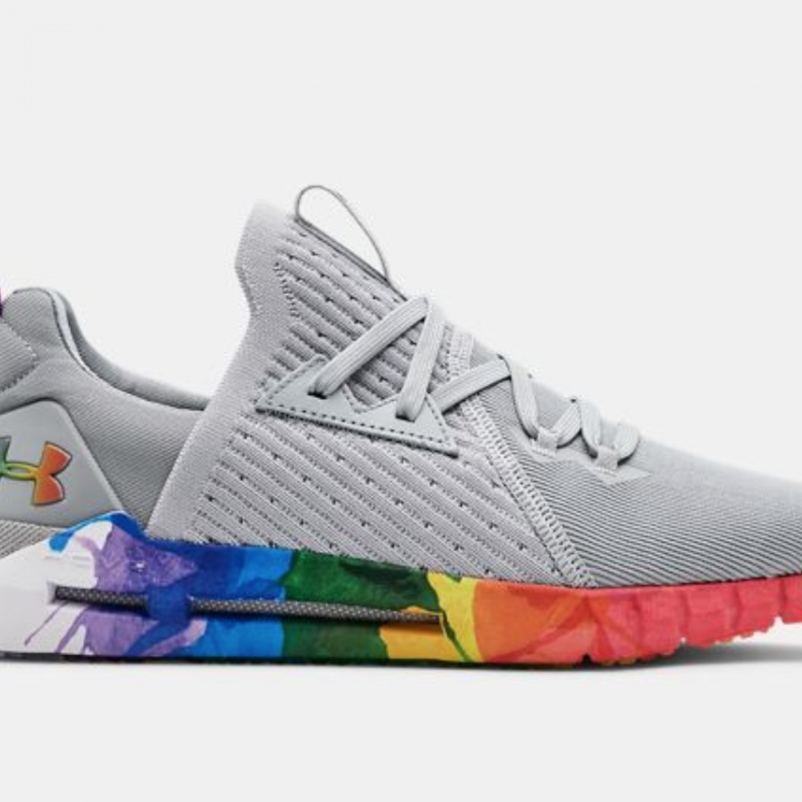 7f42481a3e07a These 50+ Brands Are Celebrating Pride by Giving Back to the LGBT ...