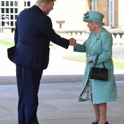 Donald Trump, Queen Elizabeth, Fist Bump