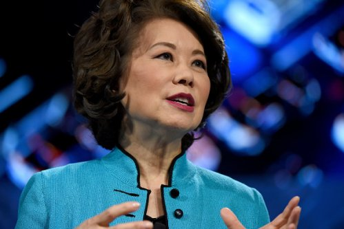 Mitch McConnell, Elaine Chao Lambasted by Ethics Experts for