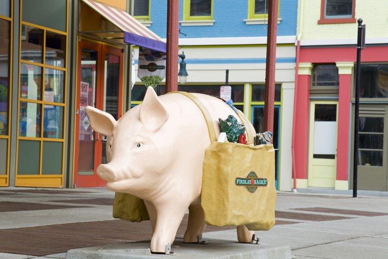 CUL_Travel_02_Food Market_Cincinnati_148857512