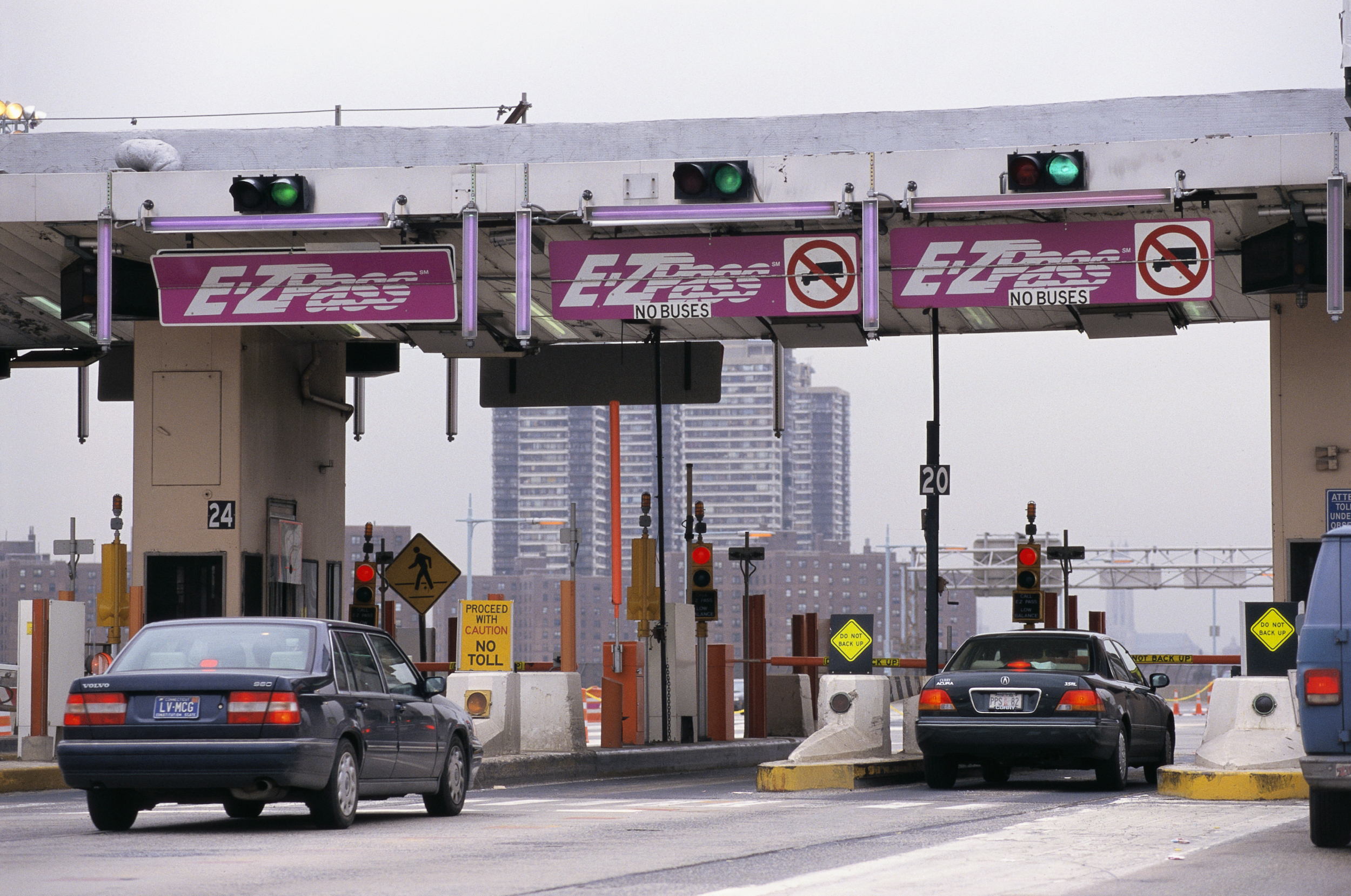 Does Using the E-ZPass Lane to Avoid Paying $1,120 in Tolls
