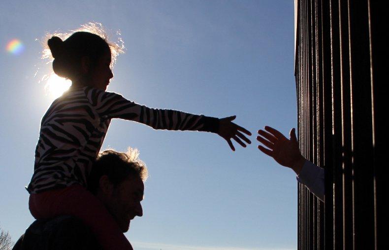 Child, Mexico, U.S.-Mexico border