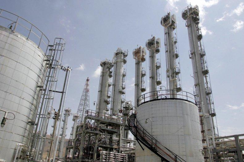 Iran, nuclear weapons, enriched uranium, Arak