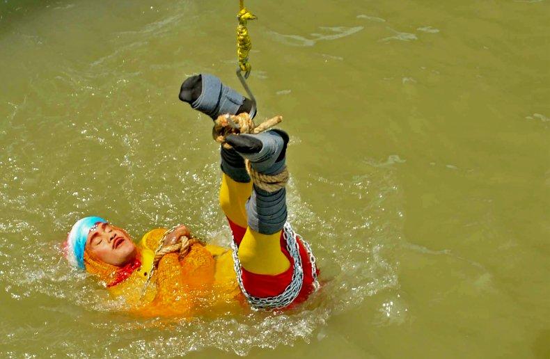Indian stuntman Chanchal Lahiri