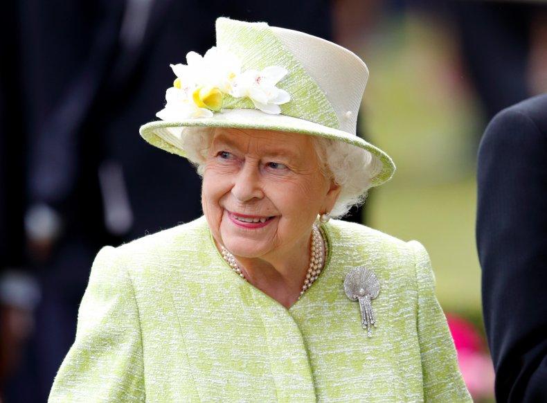 Queen Elizabeth II, Money