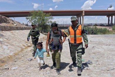Border Patrol Migrants Texas