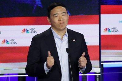 Andrew Yang tie-less