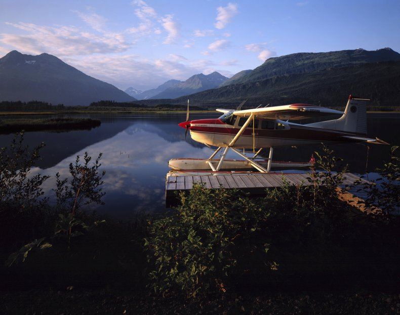 floatplane, Alaska, cruise ship, crash