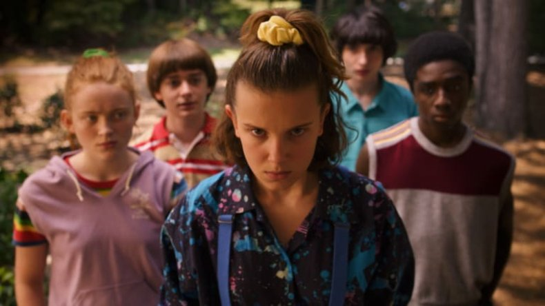 Roblox stranger things 3 event promo codes eleven mall outfit scrunchie Netflix release date