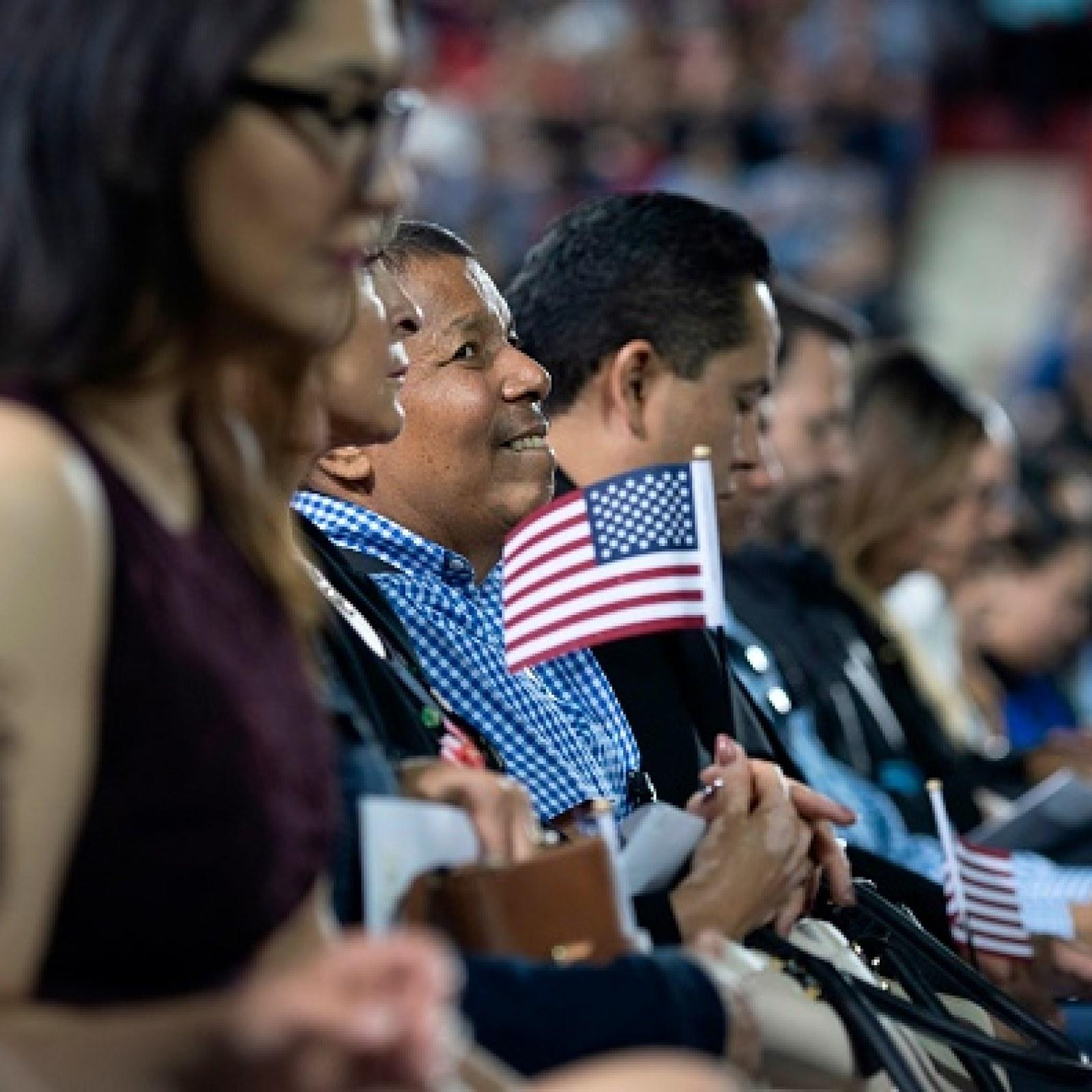 Naturalized U S  Judge Officiates Naturalization Ceremony