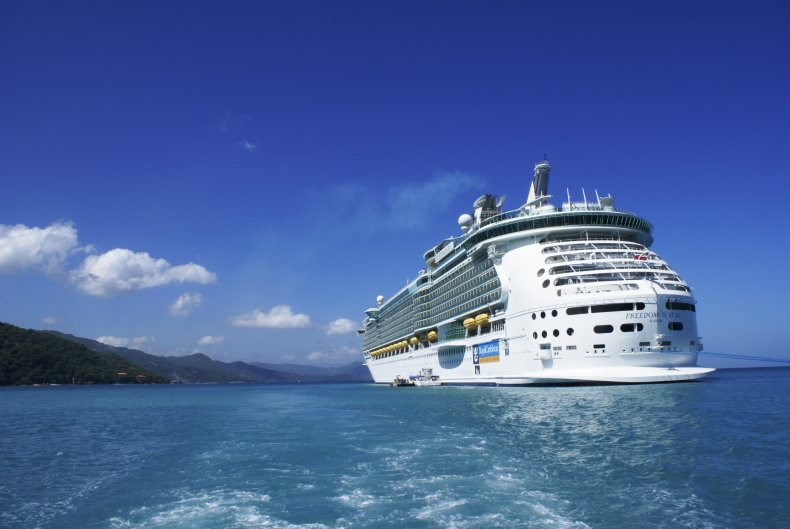 Cruise Ship, Death