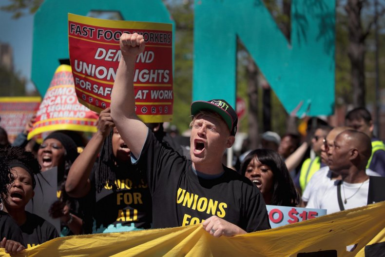Democratic Presidential Candidate Jay Inslee Joins Striking McDonalds Workers In Chicago