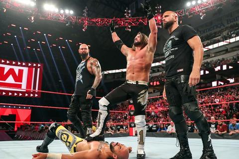 WWE SMACK DOWN RAW Wrestler Superstar Lotta Ring Set Action Figure Wrestling