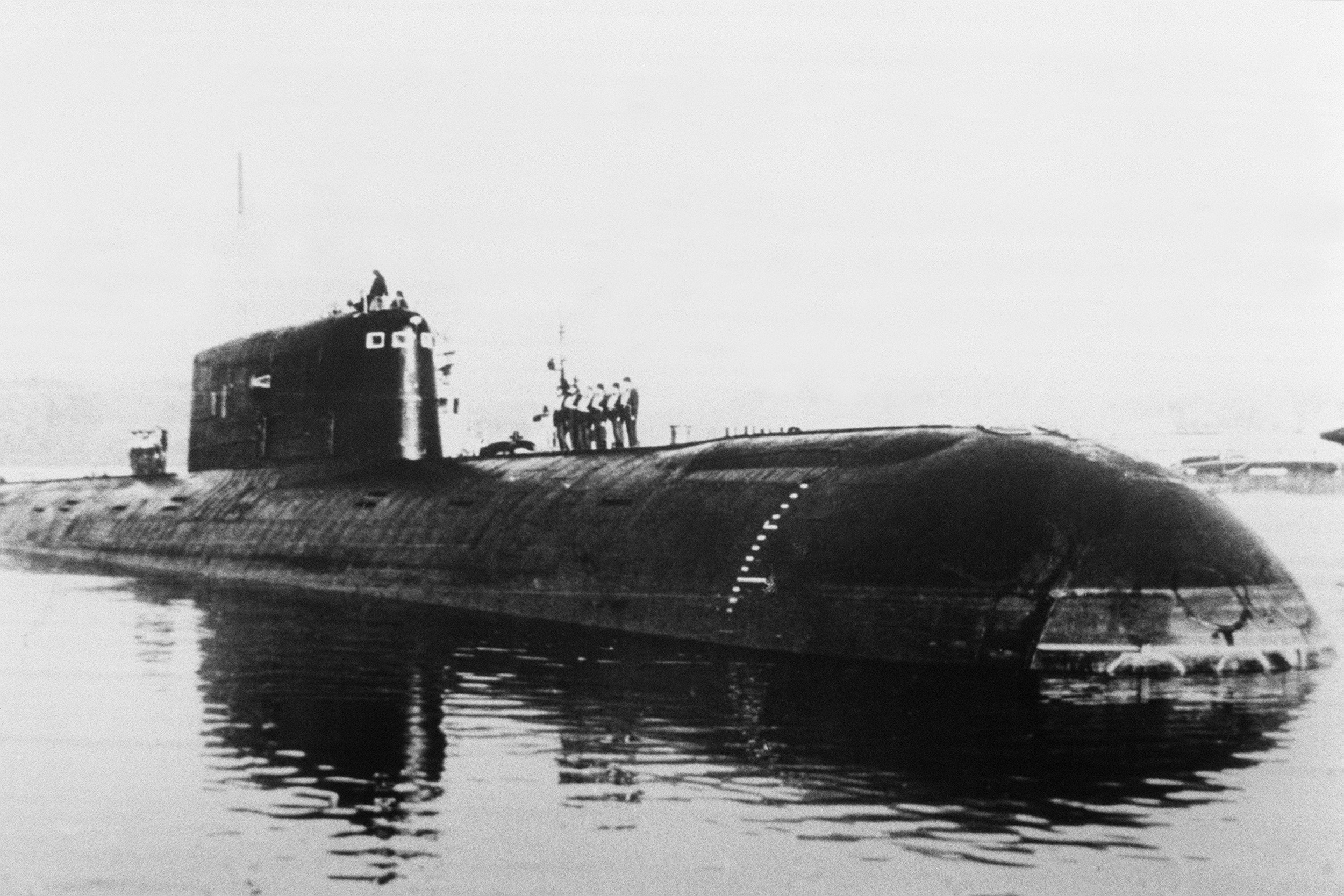Radiation Levels of Sunken Russian Nuclear Submarine 100,000