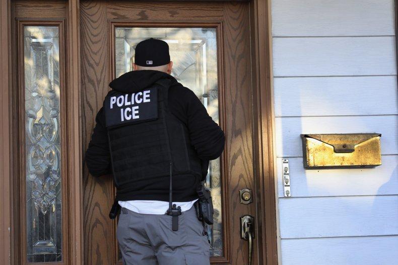 ICE Arrests Undocumented Immigrants