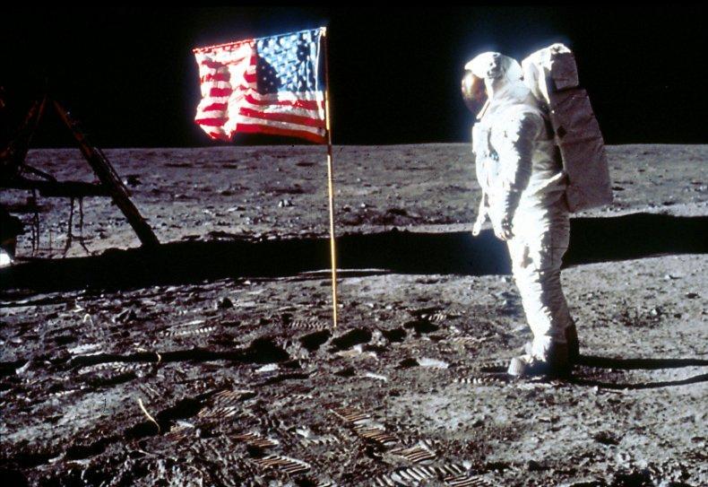 Apollo 11, moon landing