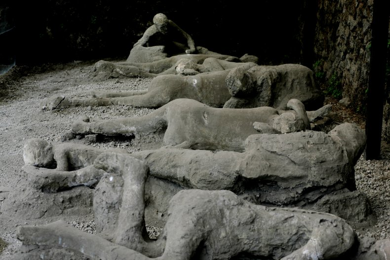 pompeii victims