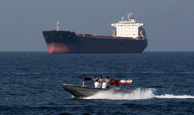 iran navy oil tanker gulf