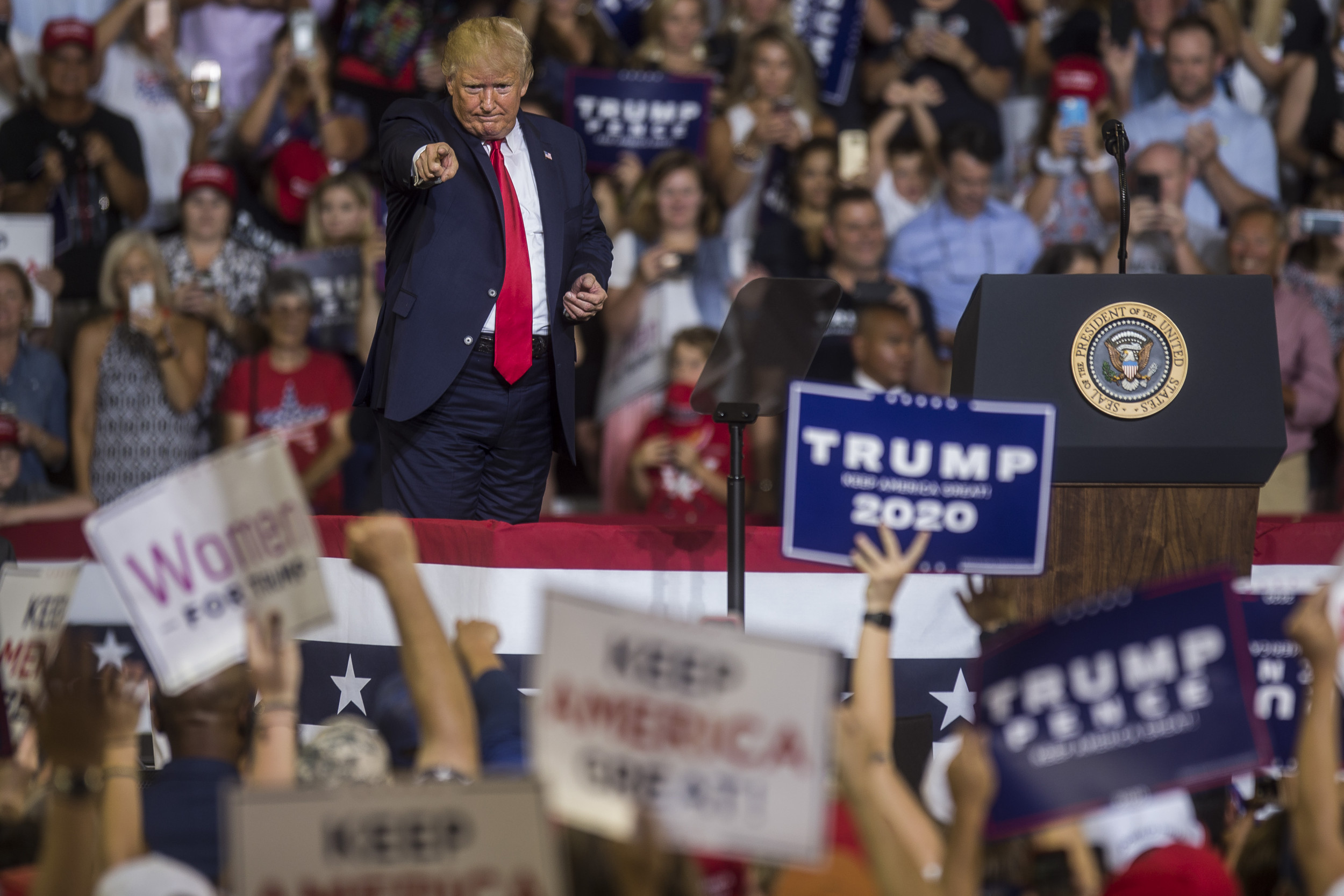"""Trump called a """"liar"""" for disavowing """"send her back"""" chant: President's throwing """"his own supporters under the bus"""""""