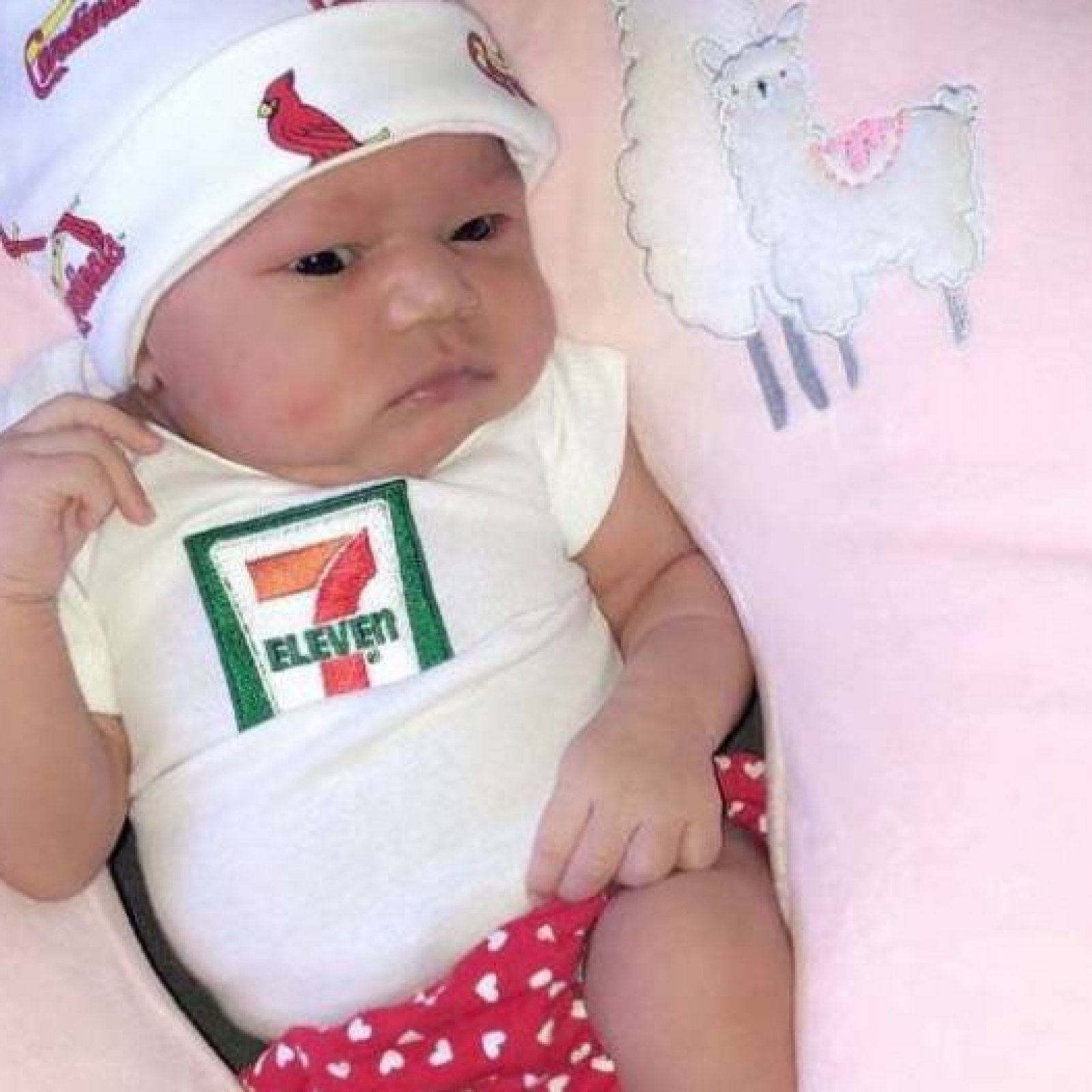 11 >> 7 Eleven Gives 7 111 To 7 Lb 11 Oz Baby Born At 7 11 On July 11