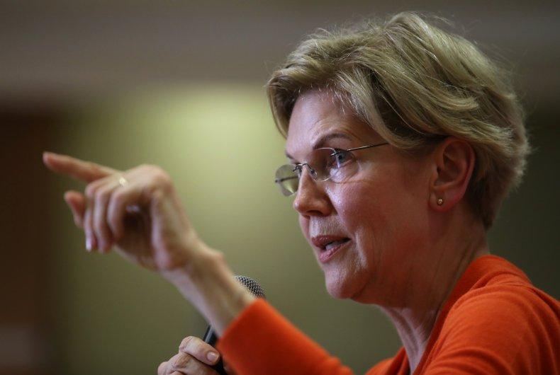Presidential Candidate Elizabeth Warren Holds Town Hall In Sioux City, Iowa